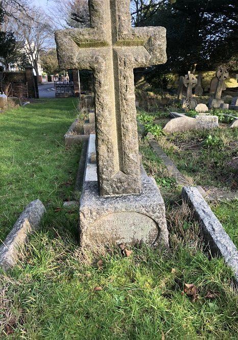 Photograph of headstone for WalterBickham